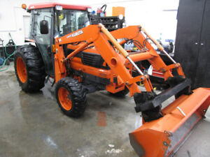 2nd owner Kubota L-4610 4x4 loader, cab only 1100 hrs