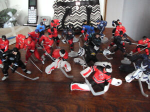 26 HOCKEY FIGURES ALL DIFFERENT