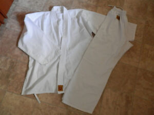 Karate (martial art) uniforms/gi