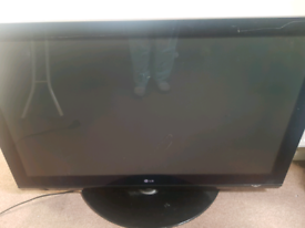 50inch TV free to whoever can remove it