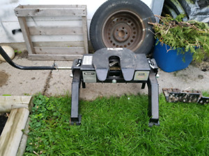 16k fifth wheel hitch
