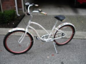 Ladies Electra Cruiser - gently used