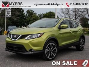 2017 Nissan Qashqai SV  - Sunroof -  Bluetooth - $159.88 B/W