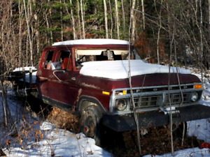 1977 F250 Crewcab 4x4 shortbox  sold pending pickup