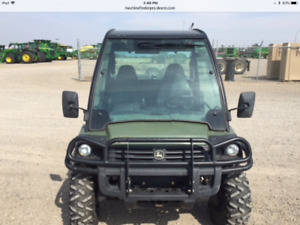 JOHN DEERE 825I CAB WITH HEATER & MANY MORE OPTION ONLY 553 HRS