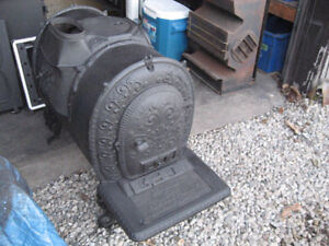 Antique Old Wood Stove  Woodstove