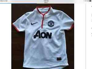$15 NikeManchester United youth small size 8 jersey