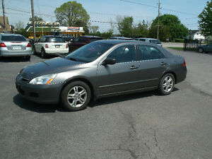 2007 Honda Accord EX-L: 2.4 Liter,Navigation,Leather/Sun Roof!!