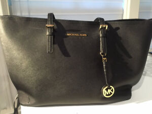 Sac à portable  ou tote bag Michael Kors marine