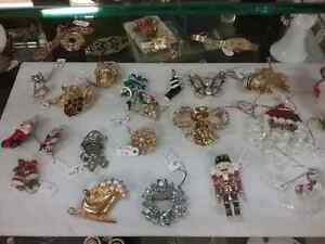 Shop Canada's largest antique mall 600 booths PLUS Jewelry  Stratford Kitchener Area image 2
