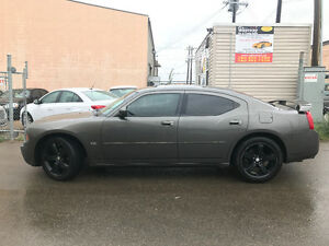 2010 DODGE CHARGER 140000 KM REMOTE START AFTER MARKET RIMS
