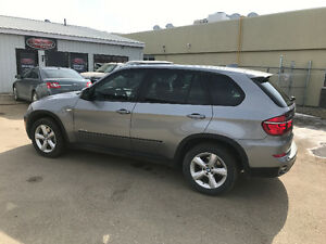 2011 BMW X5 Xdrive Diesel SUV $$$FINANCING AVAILABLE$$$
