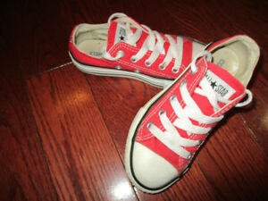 converse toddler size 11 shoes