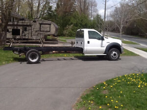 2006 FORD F550 SUPERDUTY CAB AND CHASSI TRUCK. DIESEL