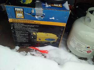 Powerfist 2500 wat generator new in box Peterborough Peterborough Area image 1