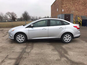2014 Ford Focus SE Sedan + Safety&Etest/Immaculate Condition