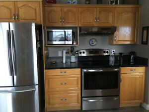 Used Kitchen Cabinets in GOOD Condition!