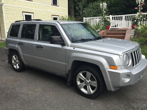 2010 Jeep Patriot Sport/North cuir & mags