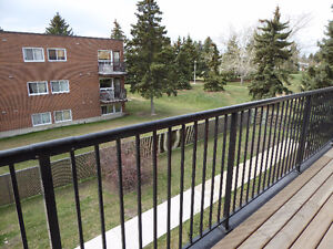 3 BEDROOM, 1.5 bath 1248 SQ FT condo on 2 levels