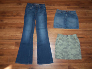 JEANS ET JUPES OLD NAVY  *XS *