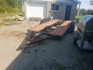 Car trailer with removable  fender