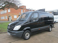 2013 13-REG Mercedes Sprinter 2.1TD 313CDI MWB LOW ROOF. AIRCON. BLACK. 1 OWNER.