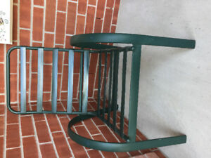 Outdoor patio chairs