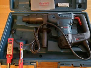 Bosch Marteau combiné SDS-max, 1 9/16'RH540M neuf