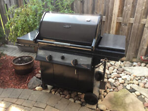 Vermont Castings BBQ - For Repair or Parts
