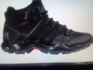 Bottes d'hiver homme ,, ADIDAS,, NEUF,taille 10,5