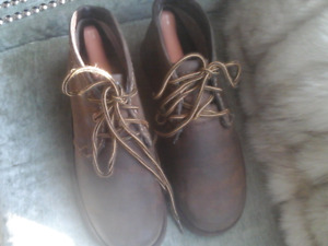 Woman's size 7 Timberland boots