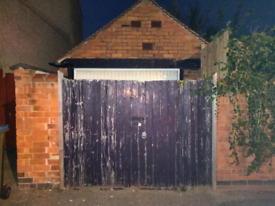 SECURE GARAGE/LOCK UP TO LET IN COVENTRY