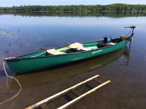 "Water Quest Canoe 15'6 x 40"" w, 720lb capacity"