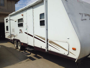 2006 Keystone Zeppelin ZII Z291BH Travel Trailer