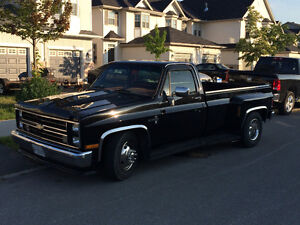 1986 dually square body show truck