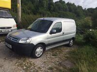 Berlingo 2005 diesel van needs a decent mechanic needs injectors long mot