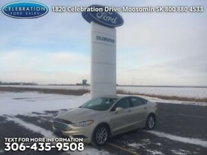 2017 Ford Fusion SE  Christmas Clear Out on NOW!