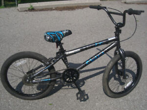 BMX: Supercycle – Cluch Kids Bike