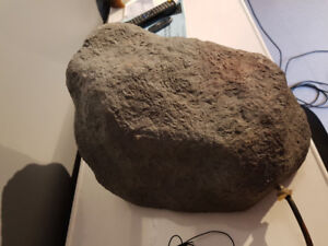 Outdoor speakers that look like ROCKS