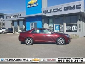 2016 Chevrolet Malibu Limited LTZ-Sunroof-Leather-Alert pkgs-Rem