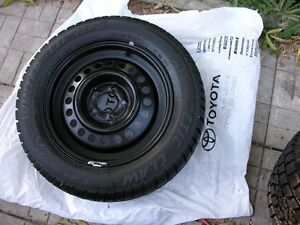 (4)195/65r15 Arctic Claw winter tires and Toyota rims 5X100