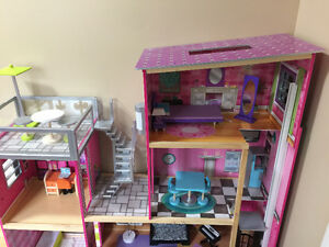 Kid's toy storage shelves/ a doll house all for girls