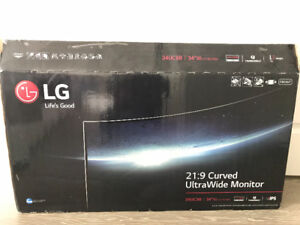 LG Ultra Wide LED monitor (LG 34UC98). Barely used