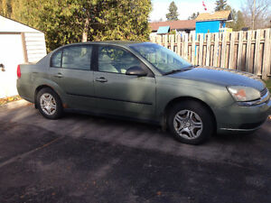 2005 Chevrolet Malibu - AS IS $800 OBO London Ontario image 3