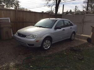 (Low km) cheap Ford Focus 2006