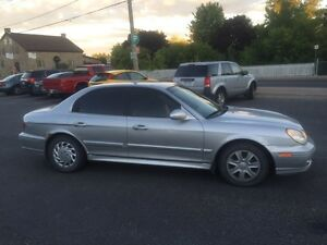 2002 hyundia sonata      REDUCED PRICE
