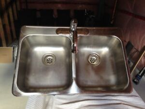 Stainless Steel Kitchen Sink with Moen Mixer Faucet