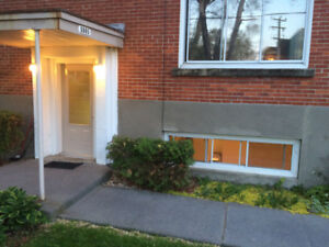 Lachine West 4 1/2 Freshly Painted, Updated Close to Waterfront
