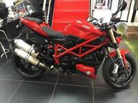 Ducati F 848 STREET FIGHTER RED LOVELY LOW MILEAGE BIKE.