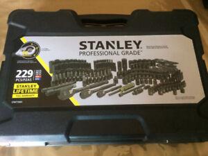 Douilles Stanley, professionnel, chrome noir, 229 pièces(Neuf)